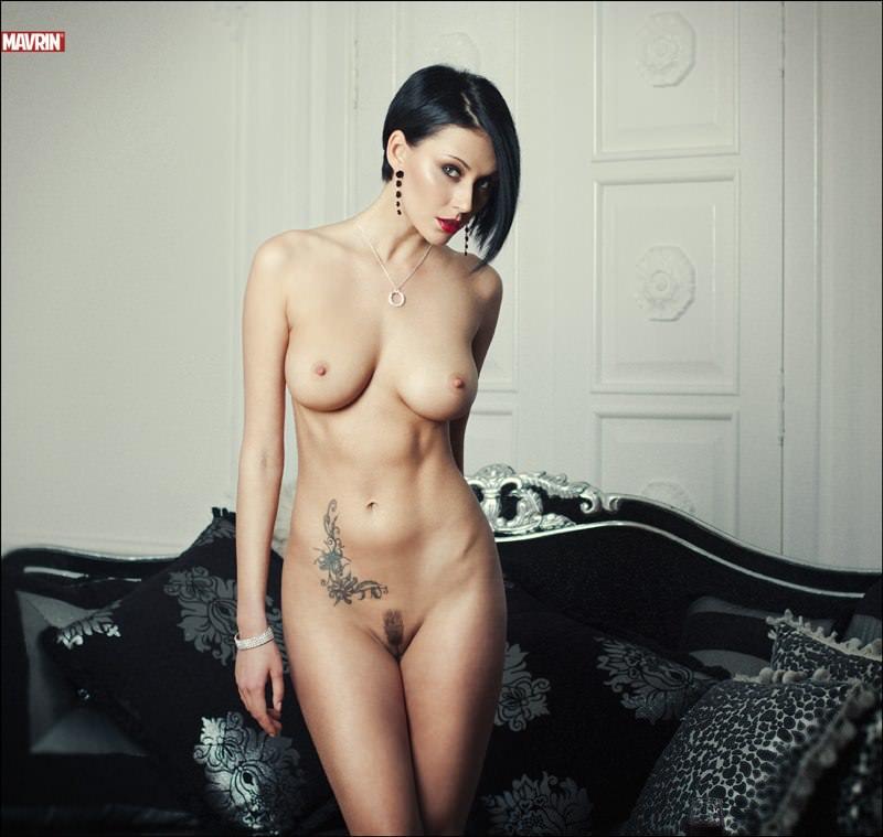 смотреть фото голых телок